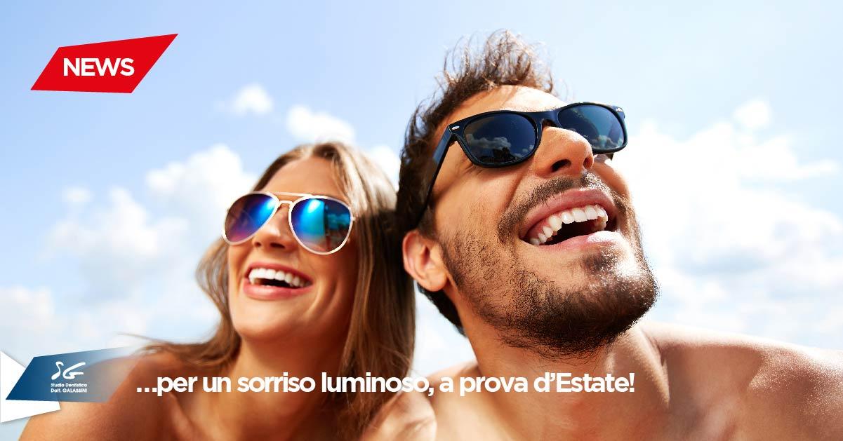 Sbiancamento dentale: per un sorriso luminoso, a prova d'Estate!